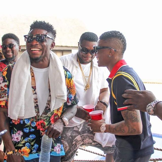 Obafemi Martins Releases Exciting New Photo With Wizkid