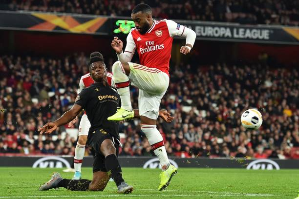 Arsenal held to draw by Vitoria in Europa League